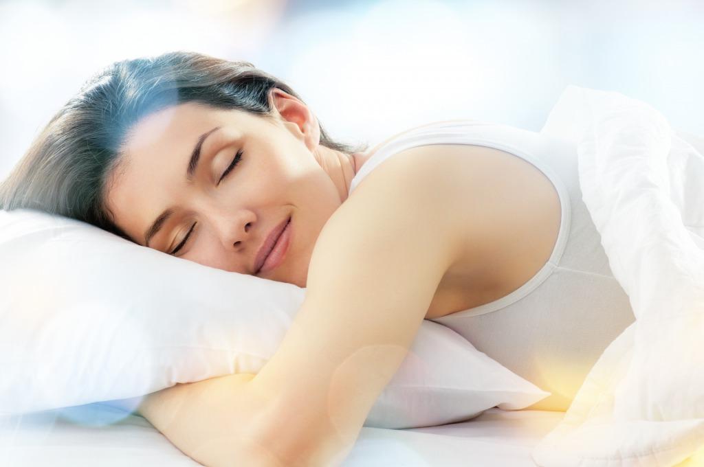 睡眠不足は肥満や肌荒れの原因に!?良い睡眠のとり方