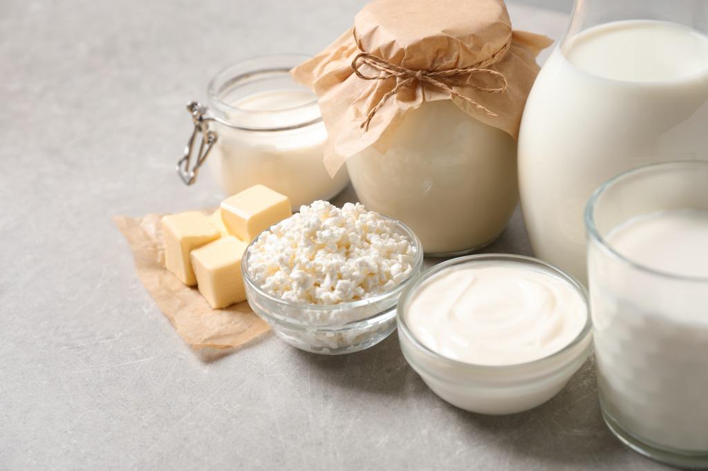 いつも飲んでいる牛乳・乳製品は大丈夫?【牛乳のリスク】