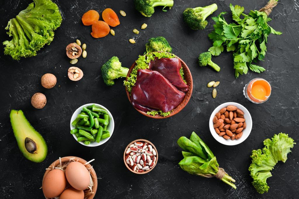 タンパク質不足は貧血の原因?