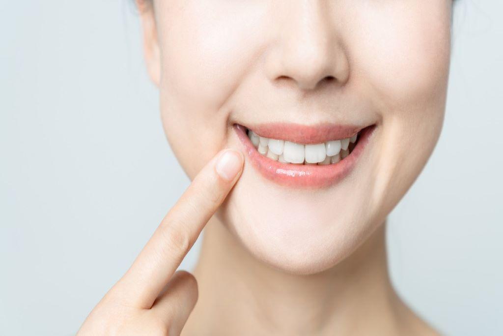 【海外の研究】CBDは虫歯予防にも効果的?
