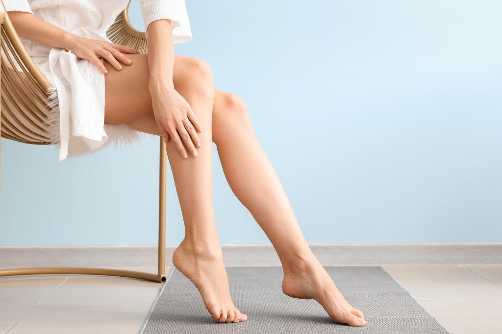 CBDがむずむず脚症候群の症状を緩和する可能性【海外の研究】